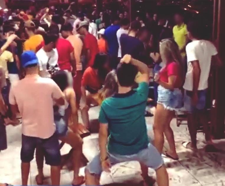 Música alta, muita gente e nenhum protocolo de segurança em conveniência de Santa Cruz do Capibaribe