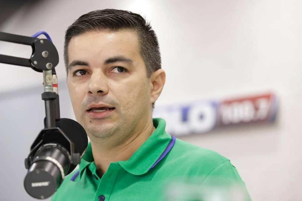 Allan Carneiro é multado pelo MPE por propaganda eleitoral antecipada negativa