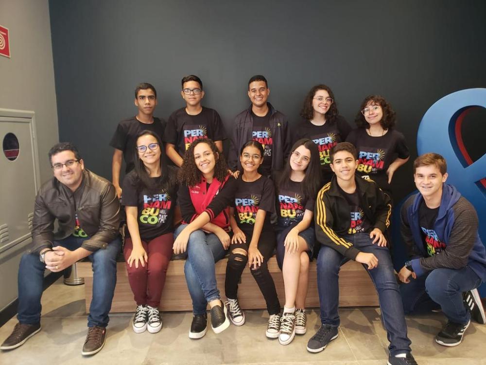 Projeto de alunos pernambucanos está na final de torneio de robótica sobre a Covid-19