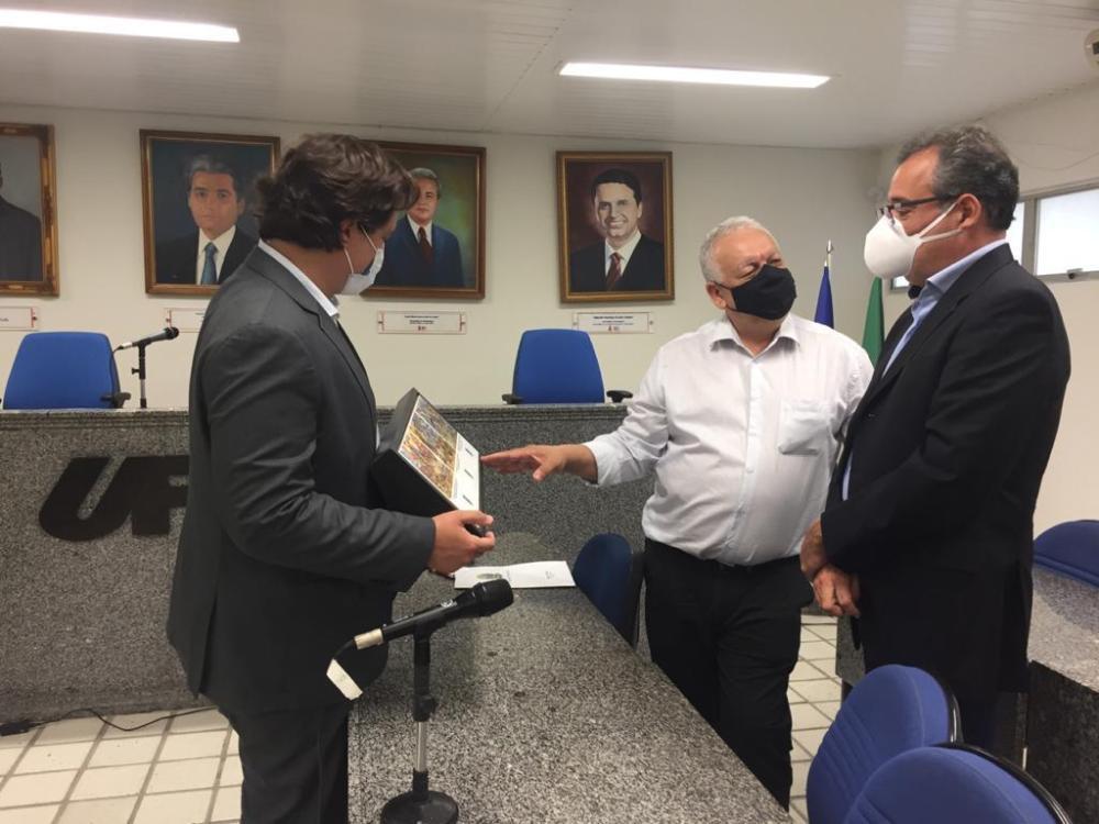 Criação de cotas regionais é tema de reunião na UPE