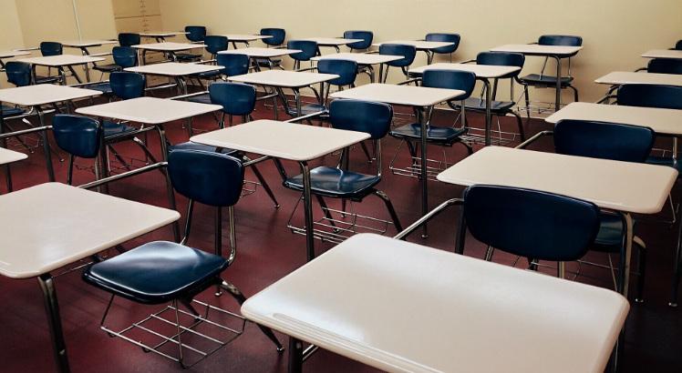 Governo de Pernambuco autoriza processo de retomada das aulas presenciais para o Ensino Médio, a partir de outubro