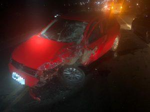Mulher morre e outras cinco pessoas ficam feridas em acidente na BR-104, em Toritama