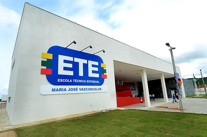 Inscrições para processo seletivo das Escolas Técnicas (ETE's) de Pernambuco são prorrogadas até dia 23