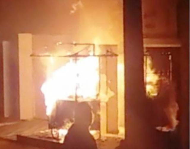 Vazamento de gás causa incêndio em barraca de cachorro-quente em Toritama