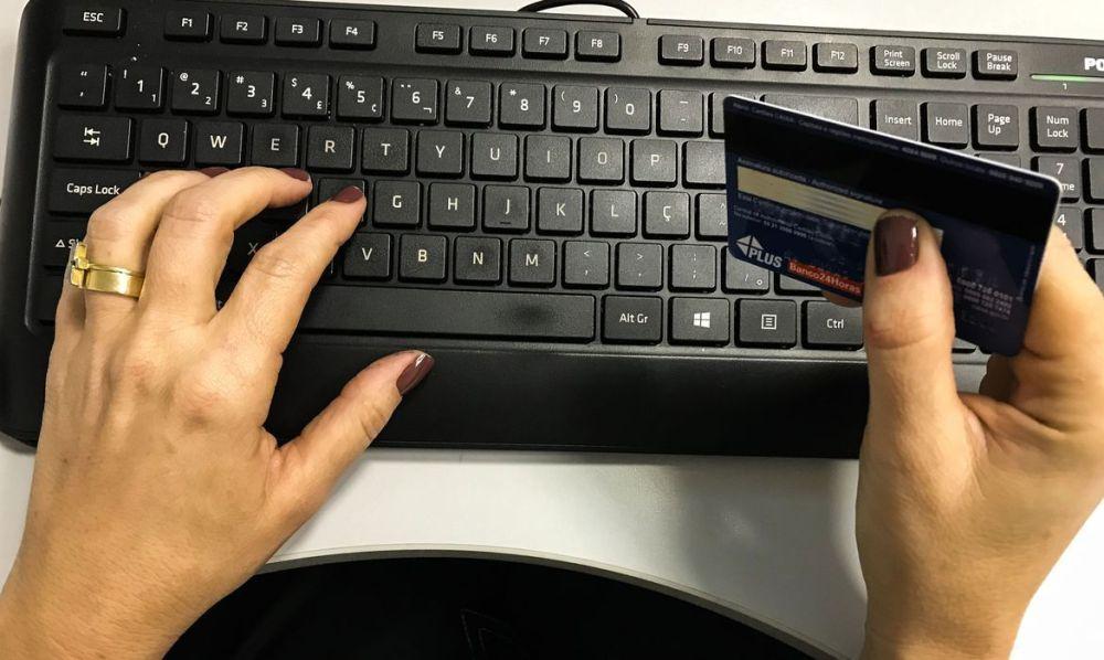 Procon-PE encontra irregularidades em sites durante a Black Friday