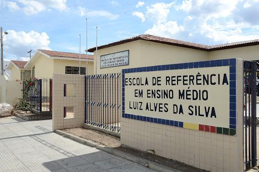 Pernambuco anuncia 66 mil vagas para novatos na rede estadual em 2021