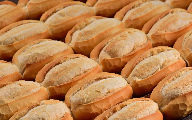 Aumento no preço dos ingredientes eleva preço do pão francês que agora custa 50 centavos a unidade