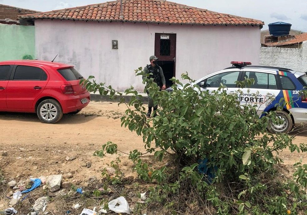 Em Pernambuco, jovem é sequestrada e agredida por dívida de drogas do namorado