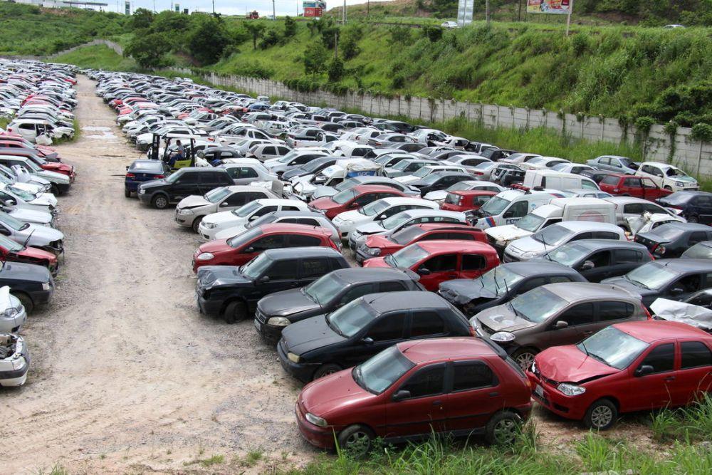 Leilão online do Detran-PE disponibiliza 620 veículos