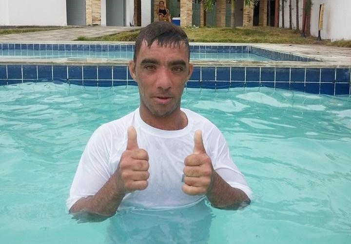 """Popular conhecido como """"Furo"""", residente em Santa Cruz, é encontrado sem vida pela família"""