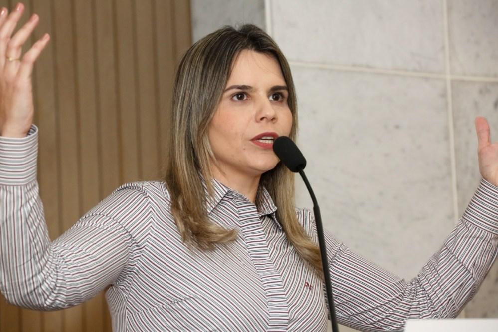 Clarissa Tércio critica Governo do Estado por restrição de atividades econômicas