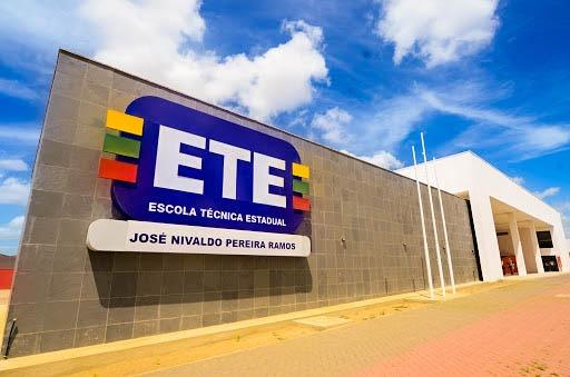 Vagas para curso gratuito de técnico em computadores na ETE de Santa Cruz seguem até sexta (12)