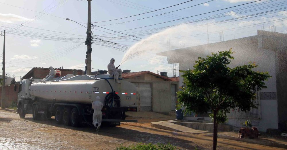 Nova etapa da higienização das ruas de Santa Cruz acontece na Malhada do Meio