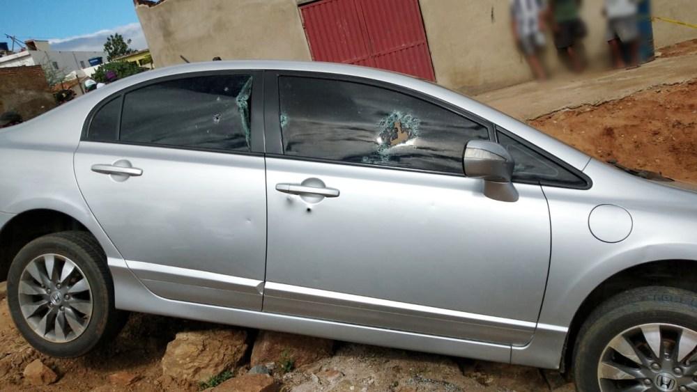 Homem é assassinado e pessoas registram crime em tempo real no município de Jataúba