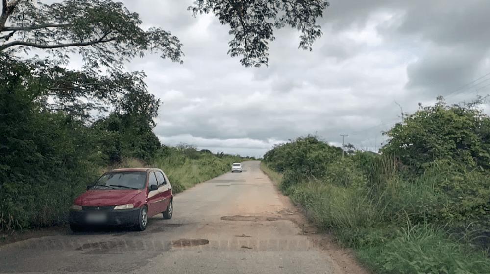 Abandono ‒ PE-197, que liga Pesqueira à Poção, não oferece condições razoáveis de tráfego
