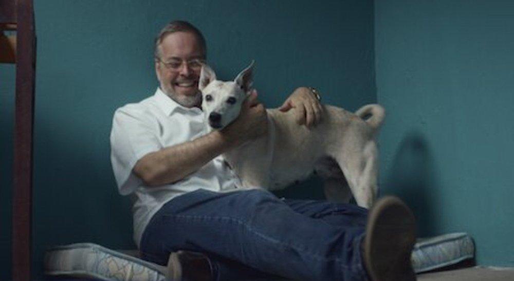Padre da Diocese de Caruaru torna-se protagonista de série documental da Netflix sobre animais