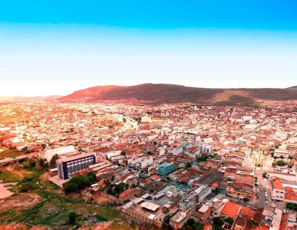 No município de Toritama, 10 doses da Astrazeneca vencida foram aplicadas