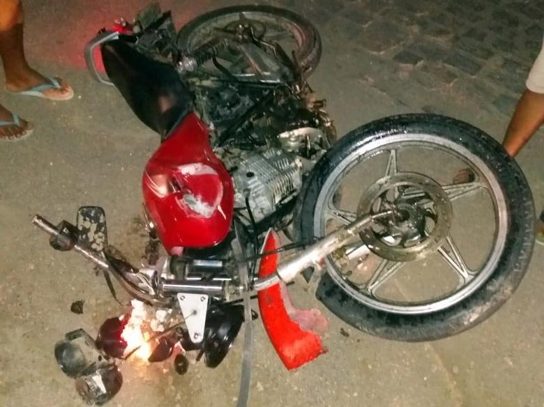 Acidente na BR-104, em Taquaritinga, deixa uma pessoa morta
