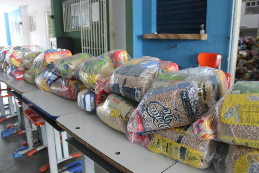 Santa Cruz realiza entrega do Kit-Merenda do mês de julho na próxima semana
