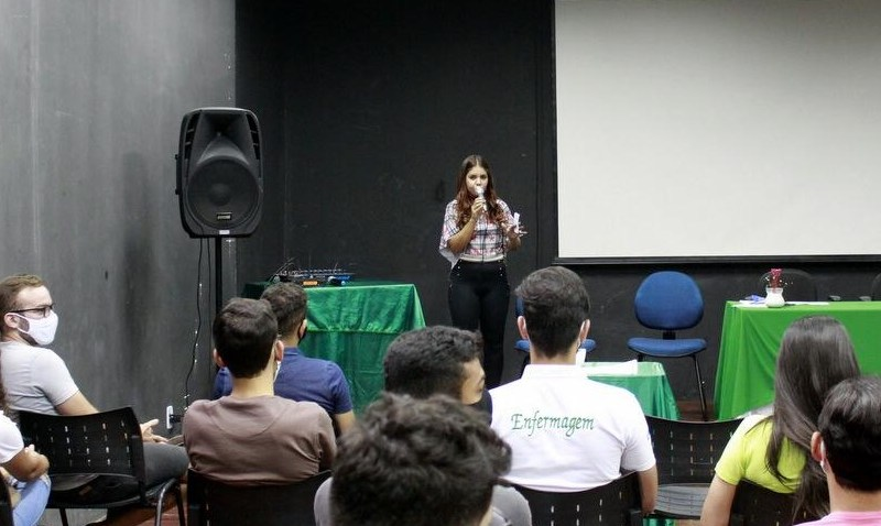 Santa Cruz do Capibaribe divulga o edital do Bolsa Universitária 2021.2