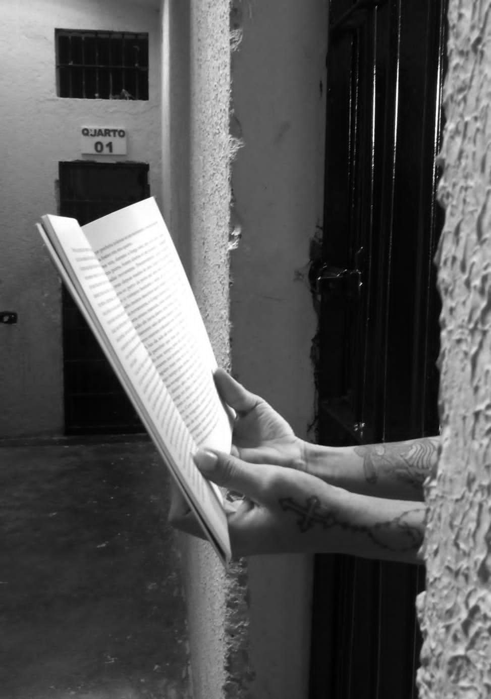 Livro de autoria de adolescentes da Funase será lançado em Arcoverde