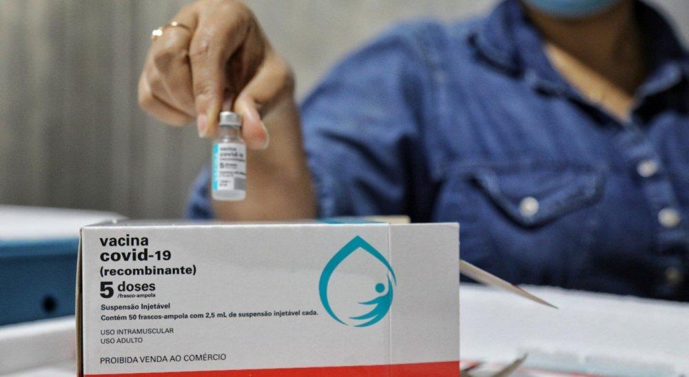 Pernambuco recebe mais 152,5 mil doses de vacinas contra a Covid-19 da AstraZeneca