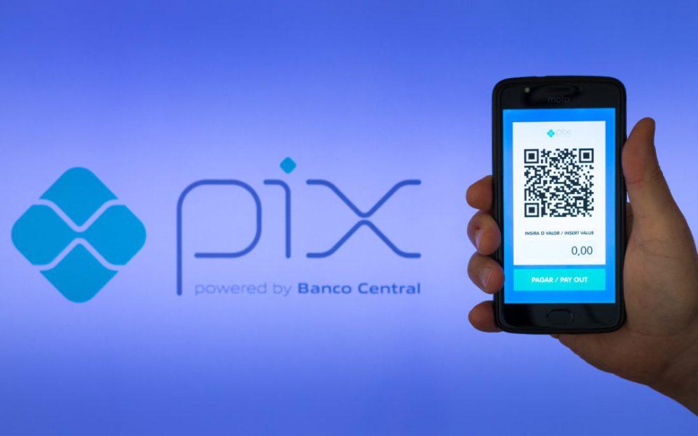 Lojas poderão oferecer saque e troco por Pix, informa presidente do Banco Central