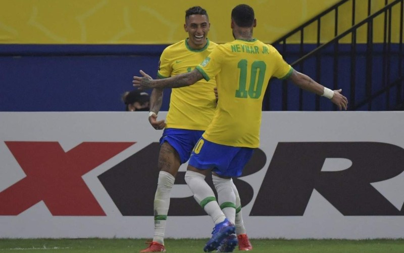 Venceu e convenceu; Brasil atropela o Uruguai em Manaus
