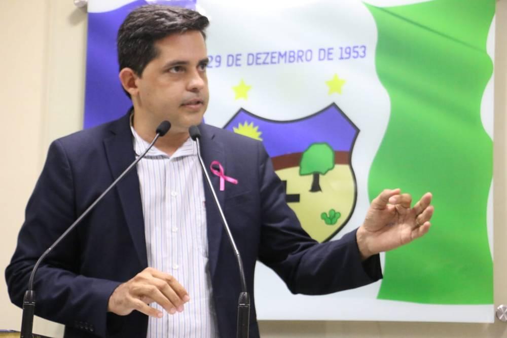 Bancada Azul centraliza críticas ao governo Fábio Aragão