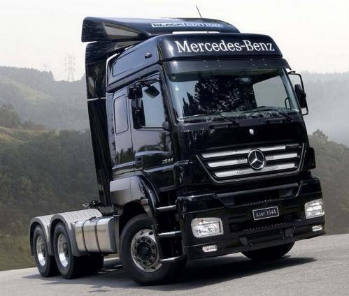 Caminhões novos, com motores eletrônicos poluem menos e gastam menos combustível