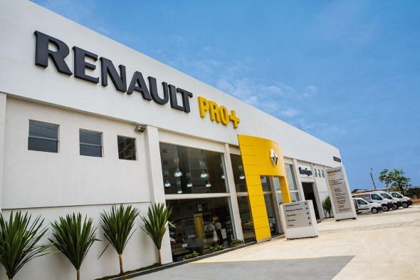 Renault_Pro_Mais