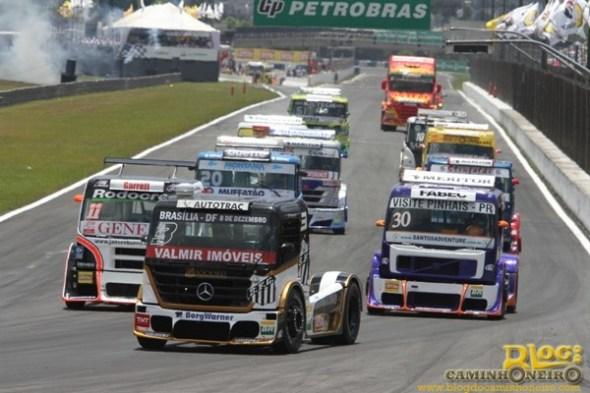 formula truck - mercedes-benz