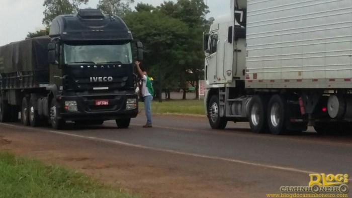 protesto caminhoneiros rio grande do sul (2)