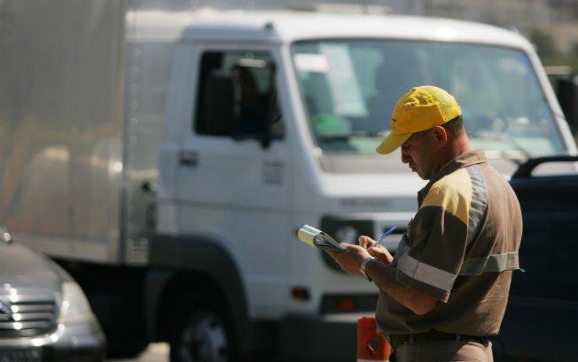 Contran regulamenta multa de trânsito de pessoa jurídica que não identifica condutor