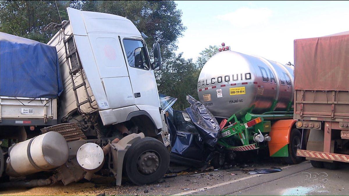 MP denuncia caminhoneiro suspeito de provocar acidente com seis pessoas mortas na BR-277