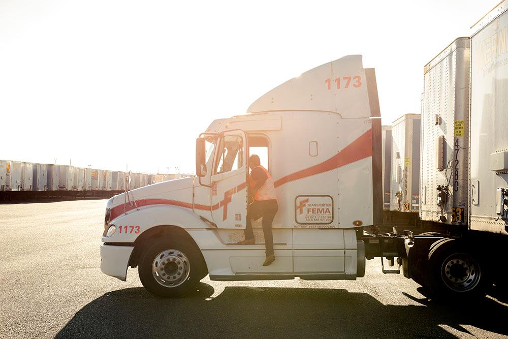 Dois caminhoneiros, um só visto e a ameaça ao Nafta