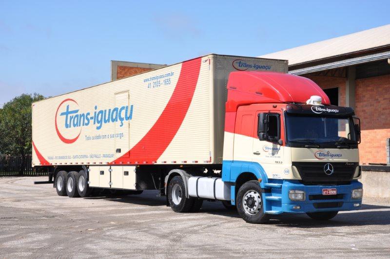 Trans-Iguaçu tem vagas para motoristas carreteiros em Curitiba-PR