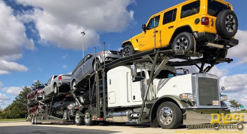 Empresas oferecem salário de mais de US$ 100 mil por ano para caminhoneiros nos EUA