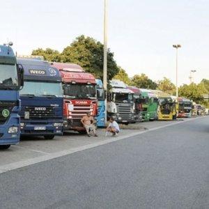 Alemanha precisa de 45 mil caminhoneiros para suprir demanda atual do setor