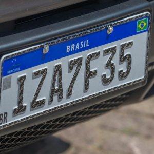 Placas Mercosul passam a ser obrigatórias em todo o Brasil no final de janeiro