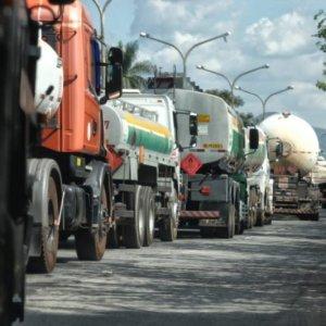 Tanqueiros de Minais Gerais declaram estado de greve