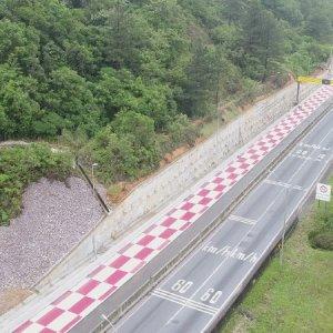 Área de escape entregue na última semana já salva caminhoneiro no Paraná