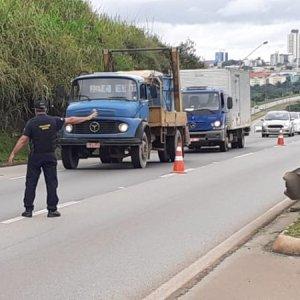 ANTT fiscaliza 3.700 caminhões em megaoperação da Tabela de Fretes