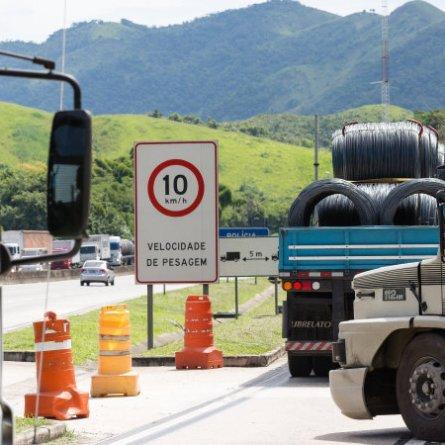 Ministro da Infraestrutura defende fim da pesagem por eixo nas rodovias