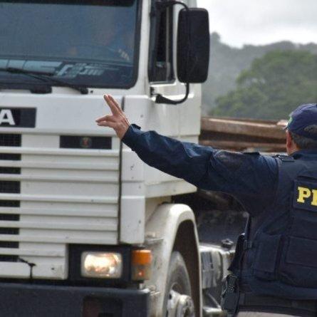 PRF altera novamente o calendário de restrições de circulação de caminhões durante feriados