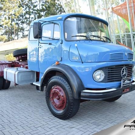 Mercedes-Benz LS 1519 em raro estado de conservação está a venda