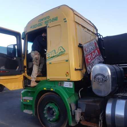 VÍDEOS: Transportadora pede apoio à PRF para interceptar motorista filmado em direção perigosa
