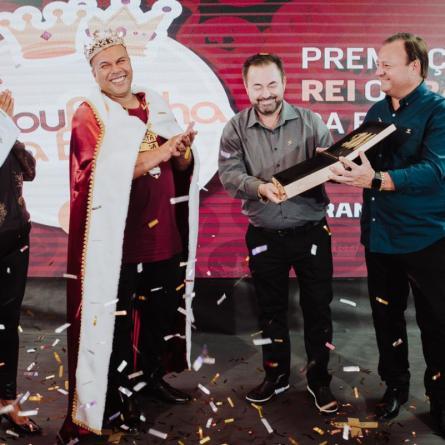 Melhor motorista da Transpanorama recebe prêmio de R$ 50 mil