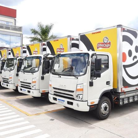 JAC entrega caminhões elétricos para PepsiCo e DHL