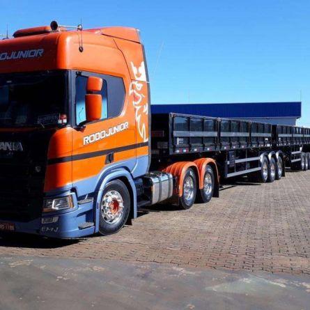Rodojunior reduz consumo de combustível da frota com pneus inteligentes